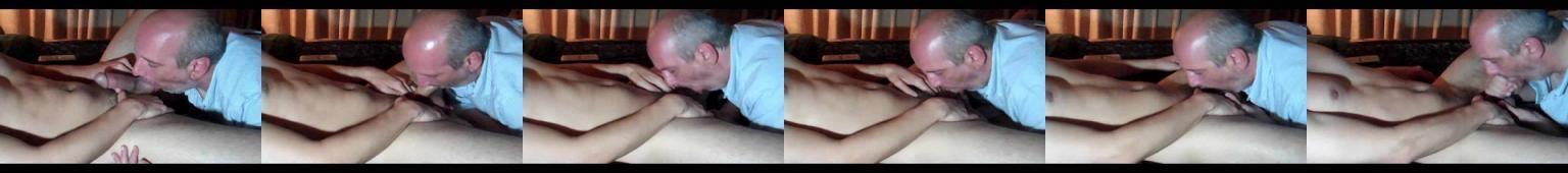 Łysiejący tatusiek obciąga studentowi dopóki tamten nie tryśnie mu w usta